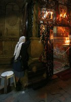 Coptic chapel - back of the edicule - Holy Sepulchre